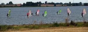 Lerne jetzt das Windsurfen in unserer Windsurfschule in Kegneas-Dänemark