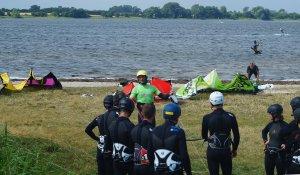 Lerne das Kiten & Windsurfen in unserem Wassersport Center in Kegneas Dänemark!